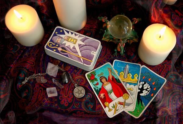 Nesesito hacer consulta de tarot gratis : Predicciones de manera cómoda y rápida