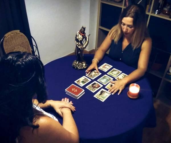 Tarot gratis por teléfono : Consulta con los más prestigiosos